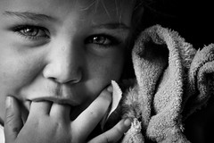 """Tutten"" (pluiskip) Tags: portrait woman eye dutch blackwhite eyes toddler child zwartwit thenetherlands sleepy elin jules ogen"