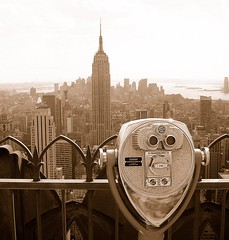 Visions (Thomas Lefvre) Tags: nyc ny newyork building statue skyline liberty view state empire vue liberte jumelles