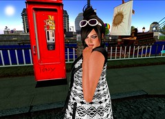 "DEW summer vest work1 (Helensue Helendale ""DEW"") Tags: london 3d clothing telephone avatar sl secondlife dew bensbeauty"