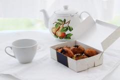 breakfast (elif.ky) Tags: light sun white breakfast canon 50mm spring tea