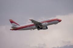 N742PS  Airbus  A319-112  AWE  KIAH  20140621  006 (✈ concord⁹⁷⁷) Tags: usa airport texas tx aircraft jet houston airline airbus awe 006 iah kiah bushintercontinentalairport a319112 n742ps 04015001 31662 20140621