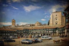 (314/16) Plaza Mayor de Chinchn (Pablo Arias) Tags: pabloarias photoshop nxd cielo nubes texturas arquitectura edificios plaza chinchn comunidaddemadrid