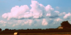 (ZoEiBanezEleonoraVerri) Tags: nuvole yahoo:yourpictures=skyline