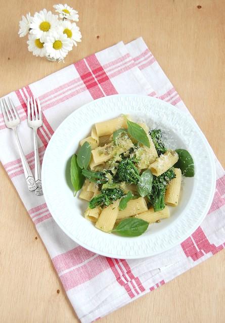 Broccolini rigatoni / Rigatoni com brócolis