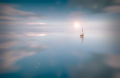 Velero (oze-lito) Tags: mar sailing velero canonef35mmf14lusm ozelito truthandillusion