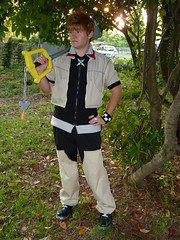 Ready and Waiting (stormymoorecosplay) Tags: john hearts costume video cosplay kingdom stormy games moore axel johnmoore vivi sora riku kingdomhearts chapman roxas pence 2011 organizationxiii vipperman axelroxas nashicon2010 stormymoorecosplay johnmoorechapman stormyvipperman roundcon
