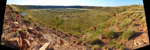 Wolfe Creek Crater Panorama - Walking trail from Rim to the Centre