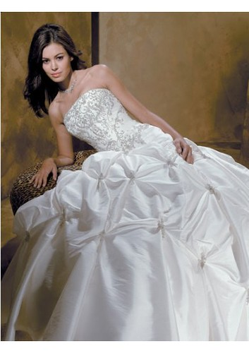 Taffeta Strapless A line Pick up Skirt with Chapel Train Hot Sell Wedding Dress WD-0014