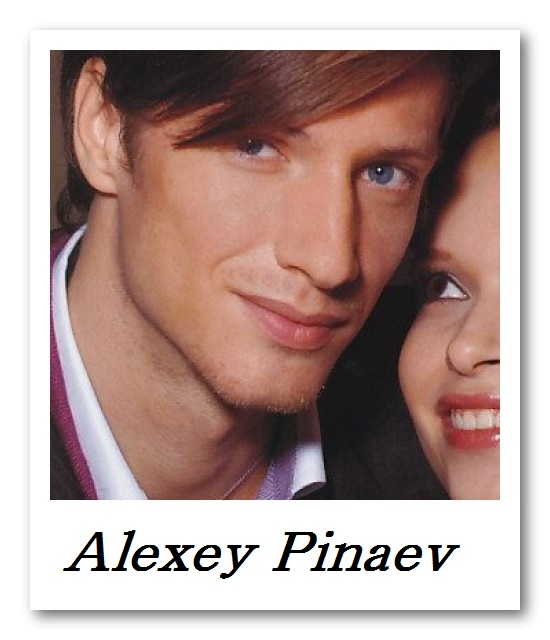 LOOP_Alexey Pinaev5002(UOMO22_2007_01)