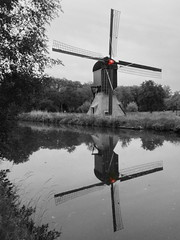 windmills (Mattijsje) Tags: holland reflection netherlands windmill dutch reflections landscape mirror spiegel nederland windmills windmolen reflectie windmolens pittoresk reflecties cornmill korenmolen spiegelglad pittoresc