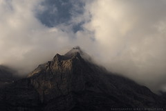 Spritzkarspitze im Karwendel (g e g e n l i c h t) Tags: berg karwendel tirol sterreich eng engtal gebirge alpen wolken bewlkung landschaft nokton 25mm lumixgx7