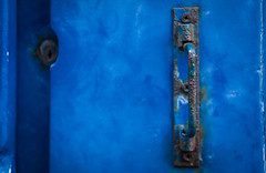 Focus in blue (Rayoflightbe) Tags: normandi travel normandy granville old door urban worn out