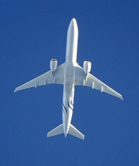 F-GZNT (Paul Thallon - Aviation Photos) Tags: fgznt boeing 777 airfrance skyteam