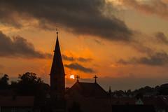 St. Johannes d. Tufer (Joe Snowman) Tags: canoneos70d eichsfeld stjohannesdtufer thringen wingerode churchtower fall home sunset