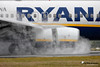 Ryanair Boeing 737-800 EI-DWT (Nigel Blake, 13 MILLION...Yay! Many thanks!) Tags: london wet rain weather canon photography airport transport bad spray passenger ryanair blake nigel luton airliner mkiii eos1ds eidwt 600mmf4is