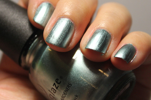 China Glaze Metallic Muse (2/2)