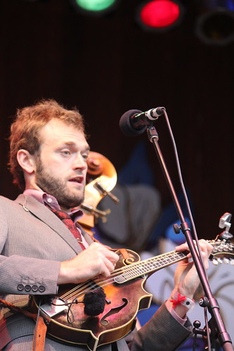Chris Thile look