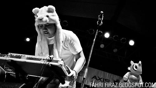 Bottlesmoker- Kick Fest 2011 (Plaza Barat Senayan)