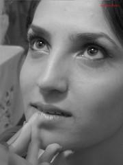 Un vecchio trucco (simone.pelatti) Tags: black white makeup trucco girl beauty glamour soft shining