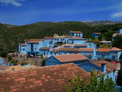 Pueblo Pitufo / Smurfs' Village (Orzaez212) Tags: blue azul andalucía arquitectura village pueblo montaña mediterráneo málaga pitufo júzcar