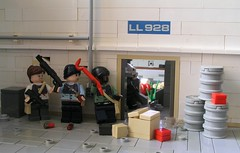 Canal escape (ORRANGE.) Tags: life amazing lego gordon combine half armory freeman lambda crowbar spas12 mp7 brickarms