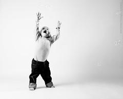 050-Lapsikuvia-6kk (Rob Orthen) Tags: studio childphotography offcameraflash strobist roborthenphotography lapsikuvaus