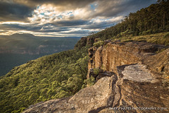 Sunset from Mount Hay XVIII (Gary Hayes) Tags: sunset rocks bluemountains grosevalley wentworthfalls mounthay