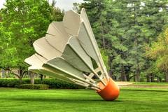 Shuttlecock (KC Mike D.) Tags: sculpture art museum nelson kansascity missouri atkins shuttlecock nelsonatkinsmuseumofart