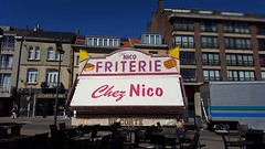 'Chez Nico' - Brussels, Belgium 2016 #Brussels #Belgium # #hellhole #friterie #street #photography #chaudecommeunebaraqueafrites #urban #frites (Ronald's Photo Factory - www.ronaldgiebel.eu) Tags: instagramapp square squareformat iphoneography uploaded:by=instagram brussels bruxelles brussel belgium friterie chaudecommeunebaraqueafrites wwwronaldgiebeleu street photography architecture urban food fries frites friet