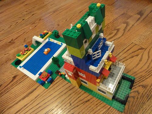 LegoCondo