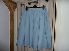 01 Full-gathered skirt