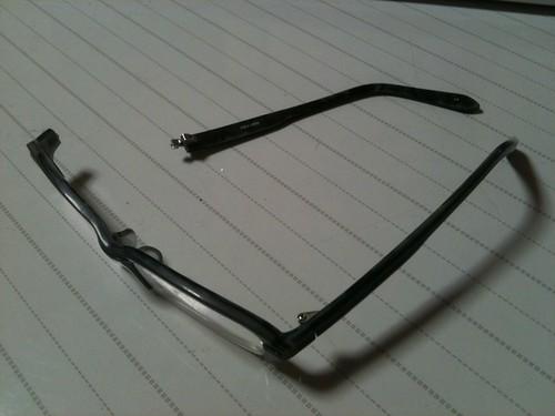 メガネ取れた