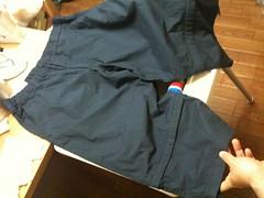 ユニクロのひざ下丈パンツ