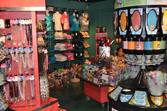 Ripley's Gift Shop (RipleysNiagara) Tags: family children hand year creative tourist falls days souvenir entertainment 365 interactive distance attraction proximity open niagara falls year close walking top hand entertainment round hotels shop leading replica wheelchair experience parking unique attraction wax gift mold accessible