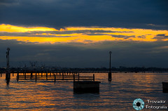 Atardecer Venezia 11.06.2011 (Trovador Fotografa) Tags: light sky sun sol atardecer boat italia barco nubes gondola venecia venezia junio nube pergola boyas