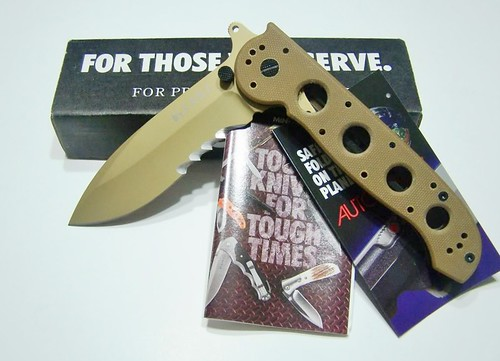 "Columbia River M21-14DSFG Carbon Special Forces Folding Knife 3.875"" Combo Blade, Tan G10 Handles"