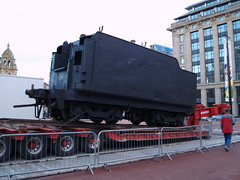Loco's tender (divnic) Tags: train scotland glasgow georgesquare locomotive citycentre tender bloemfontein steamtrain steamlocomotive glasgowcitycouncil nbl orangefreestate unionofsouthafrica northbritishlocomotivecompany glasgowmuseumoftransport spoornet southafricanrailways riversidemuseum class15f 482mountainwheel northbritishlocomotivepreservationgroup typeettender