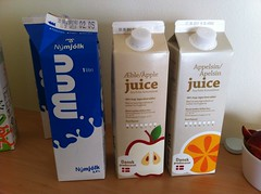 Nice Packaging (alykat) Tags: breakfast iceland milk juice orangejuice cartons myvatn guesthouse applejuice packagedesign elda iphone reykjahlid mvatn iphone4 reykjahli