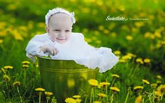 Swietliste-fotograf-chrzest-swiety-reportaz-chrztu-Torun-fotografia-chrzcielna