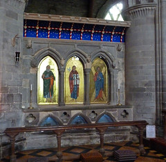 St David's shrine (Messent) Tags: england church architecture shrine poetry cathedral restoration gilt pilgrimages stdavidscathedral religiousicongrp poetryandpicturesinternational poetryforall medievalinspirations