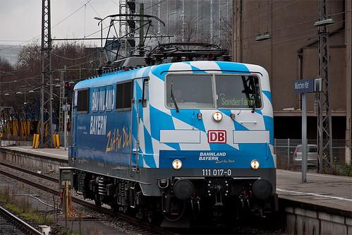 Einfahrt der Bahnland-Bayern-Lok nach Gleis 35
