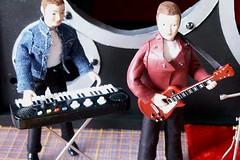 Guitar And Keyboards Outside (Cameron House Minis) Tags: miniatures band speaker rockband dollshouse ykk unzipped roombox