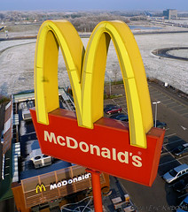 i'm lovin' it 2 (KAPturer) Tags: winter snow kite cold holland netherlands restaurant sneeuw nederland fromabove mcdonalds junkfood kap birdseyeview kiteaerialphotography luchtfoto drenthe goldenarches assen vanboven vlieger fled vliegerfoto messchenveld kapturer