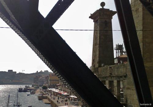 Pilar da antiga Ponte Pênsil