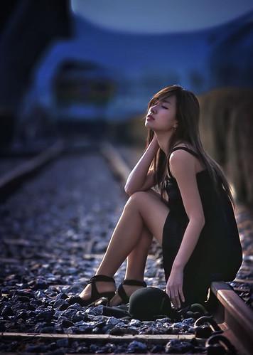 フリー写真素材, 人物, 女性, アジア女性, 目を閉じる,