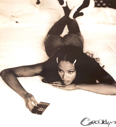 naomicampbell3by6