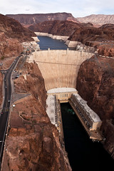 Hoover Dam (James Marvin Phelps) Tags: arizona nevada hooverdam lakemead coloradoriver mojavedesert blackcanyon boulderdam clarkcounty lakemeadnationalrecreationarea mandj98 hooverdambypassbridge jmpphotography jamesmarvinphelps