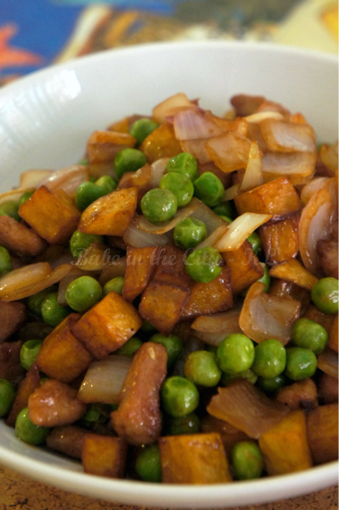 Peppery Diced Meat, Potatoes and Peas