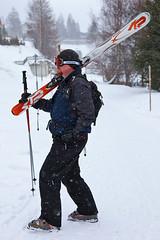 Steve and his skis (Nathan A) Tags: schnee winter snow ski austria tirol europa europe skiing tyrol stanton oesterreich schi arlberg stantonamarlberg