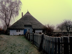Cottage on a frosty morning (fossibear) Tags: morning museum frost cottage frosty rgen rugia pfarrwitwenhaus groszicker qualitygold